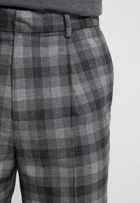 New Look - CHARLIE  - Trousers - grey - 4