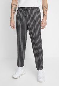 New Look - SLIM CROP TWIN THOM - Trousers - grey - 0