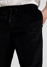 New Look - PULL ON TROUSER - Trousers - black - 3