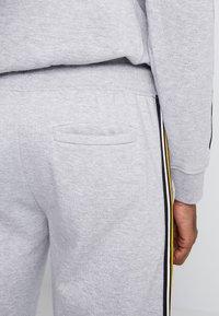New Look - TAPED JOGGER - Pantalon de survêtement - grey marl - 5