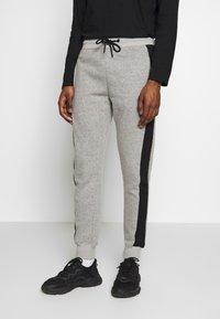 New Look - STCOLOURBLOCK MARL JOGGER  - Tracksuit bottoms - light grey - 0