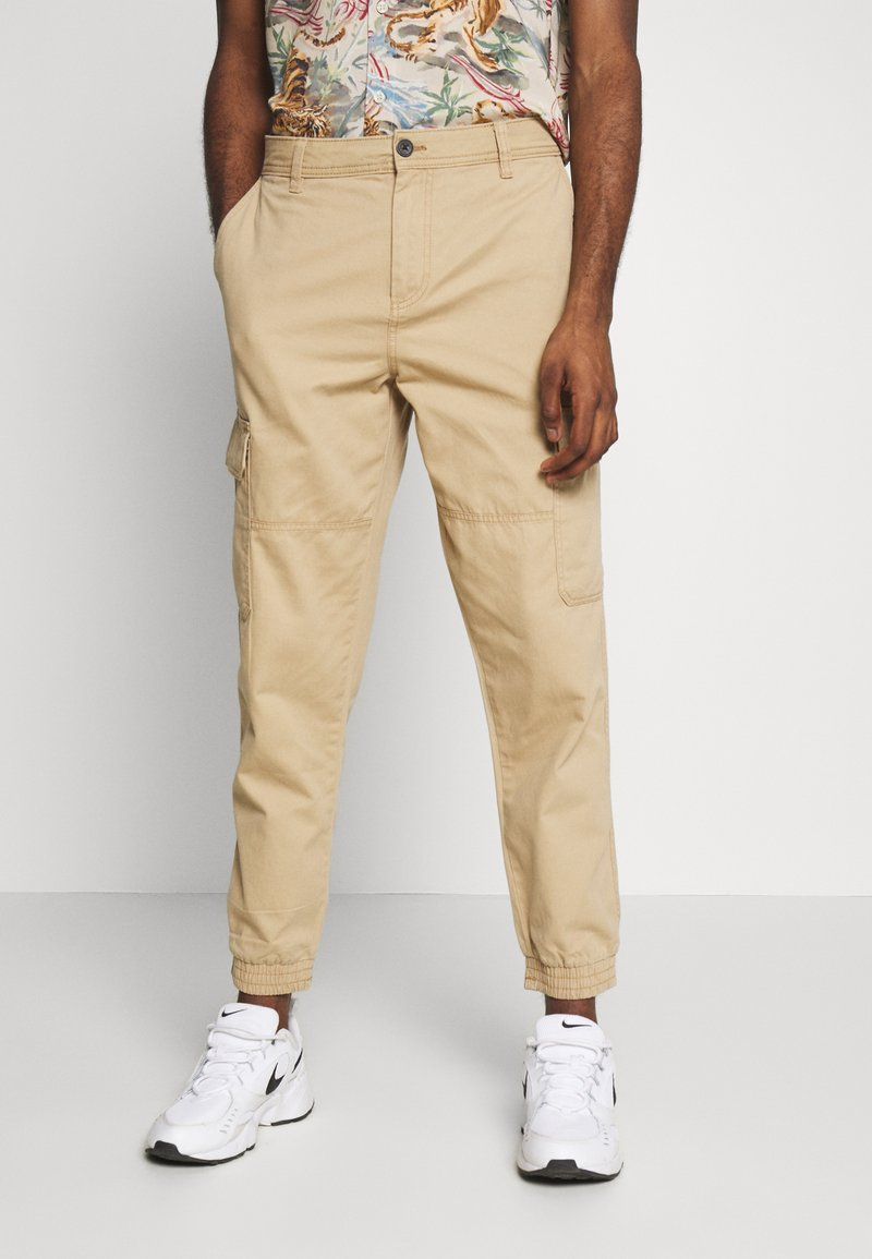 New Look - CUFFED CARGO TROUSER - Cargo trousers - tan