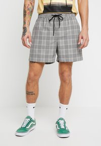 New Look - SMART CHECK  - Shorts - grey - 0