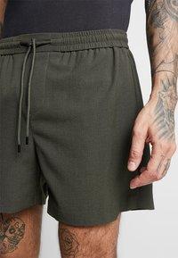 New Look - PIPING - Shorts - dark khaki - 3