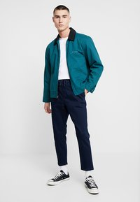 New Look - THORNTON PULL ON - Relaxed fit jeans - dark blue - 1