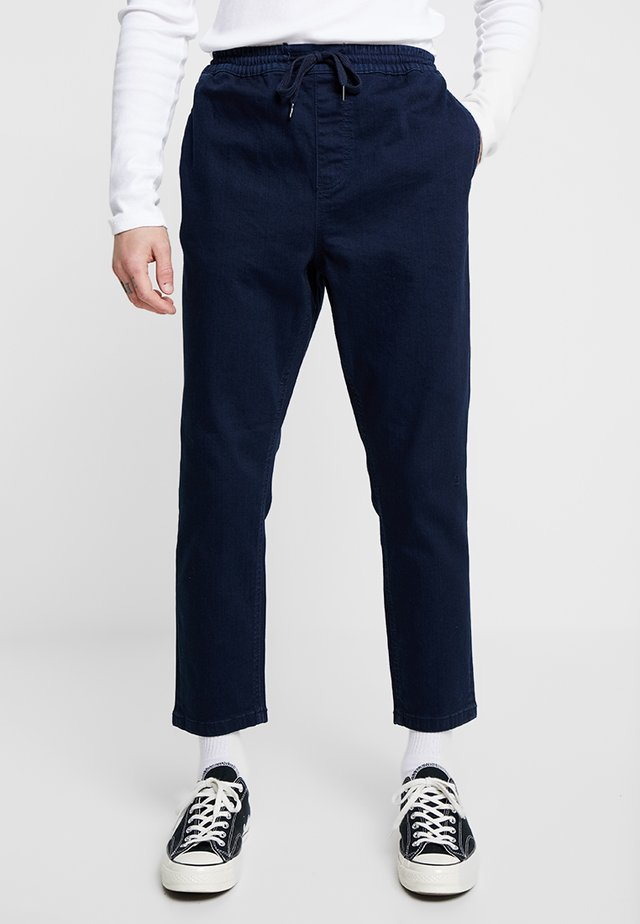 THORNTON PULL ON - Relaxed fit jeans - dark blue