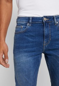 New Look - Slim fit jeans - mid blue - 4