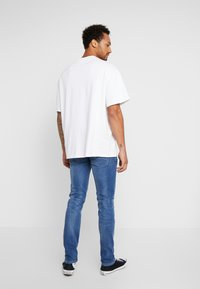 New Look - Slim fit jeans - mid blue - 2