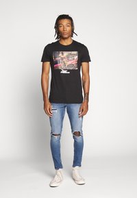 New Look - OLIVER - Jeans Skinny Fit - mid blue - 1
