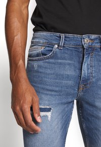 New Look - OLIVER - Jeans Skinny Fit - mid blue - 3
