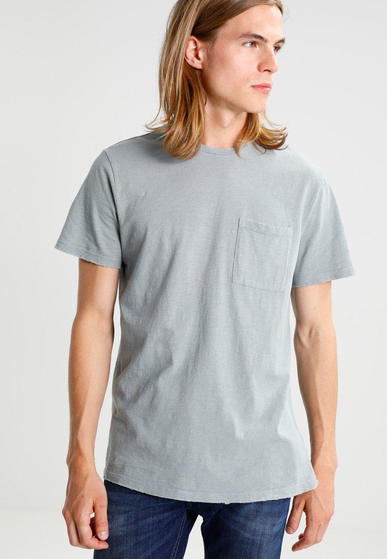 Look Nibbled Blue BoxyT New Basique Light shirt 8Okn0XPNw