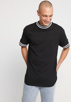 FASHION TIPPED TEE - T-shirts - black