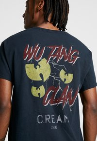 New Look - WU TANG WASH TEE - T-shirt con stampa - black - 5