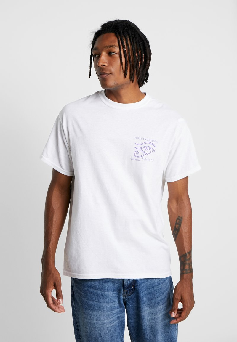 New Look - SOMETHING TEE - Camiseta estampada - white