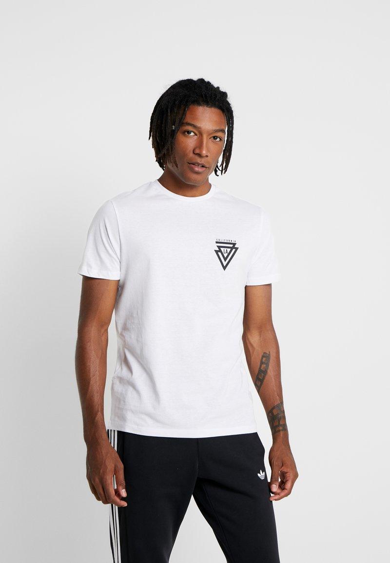New Look - CALI TRIANGLE TEE - T-shirt print - white