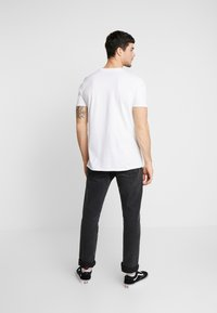 New Look - LADY TEE - Print T-shirt - white - 2