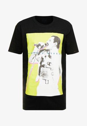 MIC FREDDIE TEE - T-shirt z nadrukiem - black