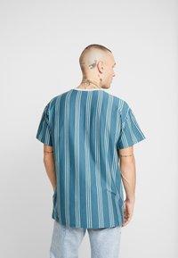 New Look - COLUM STRIPE - T-shirt con stampa - light green - 2