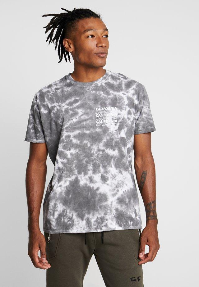 WASH TEE - Print T-shirt - mid grey