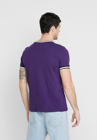 New Look - TIPPED TEE  - T-shirts - bright purple - 2