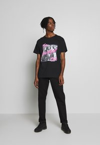New Look - BREAKFAST CLUB TEE - Print T-shirt - black - 1