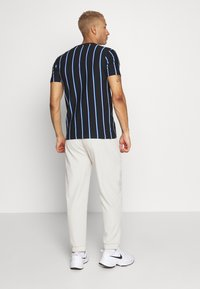New Look - VERT STRIPE TEE - T-shirt imprimé - black