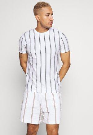 STRIPE TEE - T-shirt print - white