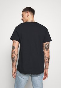 New Look - HANG LOOSE TEE - T-shirt print - black - 2