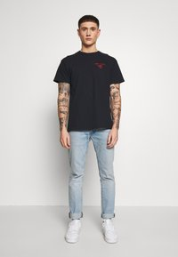 New Look - HANG LOOSE TEE - T-shirt print - black - 1