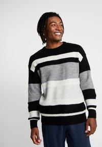 New Look - RPASO HAIRY DROP SHOULDER CREW  - Jumper - black pattern - 0