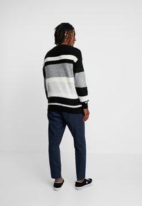 New Look - RPASO HAIRY DROP SHOULDER CREW  - Jumper - black pattern - 2