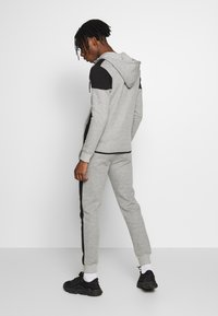 New Look - COLOURBLOCK GREY MARL ZIP - Hoodie met rits - light grey - 2