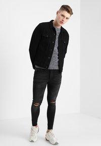 New Look - TRANS BASIC  - Denim jacket - black - 1