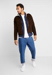 New Look - BORG WESTERN - Light jacket - chocolate - 1