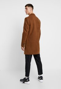 New Look - OVERCOAT  - Halflange jas - camel - 2
