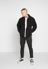New Look - ALL OVER BORG - Summer jacket - black - 1