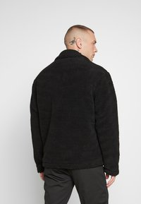 New Look - ALL OVER BORG - Summer jacket - black - 3