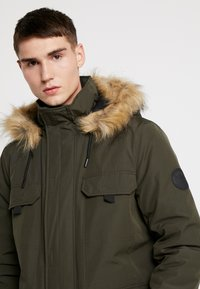New Look - DOWNTIME  - Parkatakki - khaki - 4