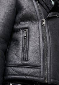 New Look - SHEARLING AVIATOR - Faux leather jacket - black - 5
