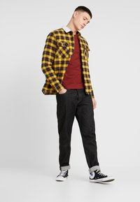 New Look - BORG LINED CHECK SHACKET - Lett jakke - yellow - 1
