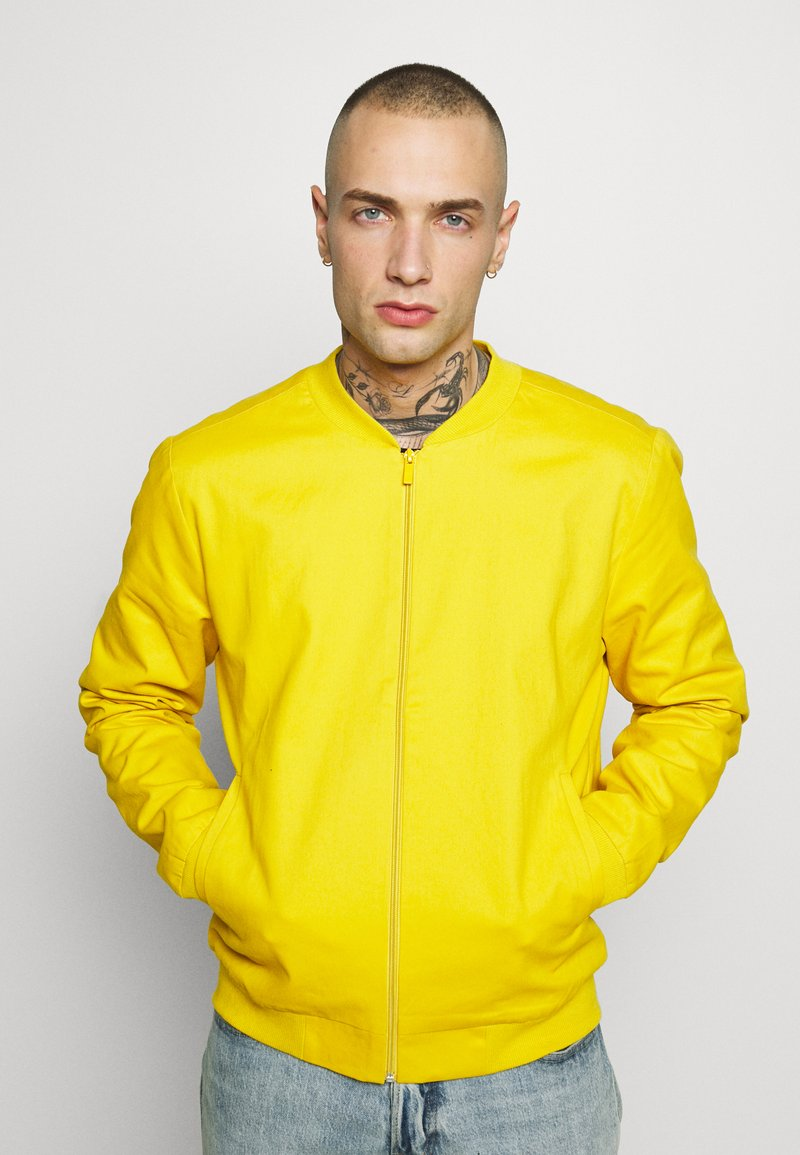 New Look - ENTRY - Bomber bunda - mustard