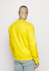 New Look - ENTRY - Bomber bunda - mustard - 2