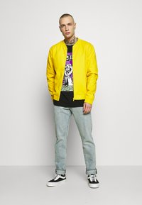 New Look - ENTRY - Bombertakki - mustard - 1