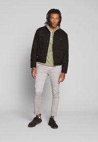 New Look - WESTERN - Denim jacket - black - 1