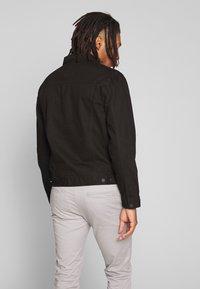 New Look - WESTERN - Denim jacket - black - 2