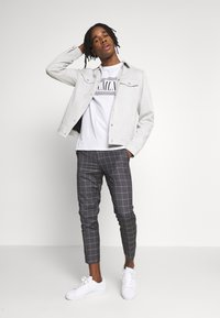 New Look - SUEDETTE TRUCKER - Summer jacket - light grey - 1
