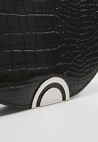 New Look - HAYLEY HALF MOON CLUTCH - Clutch - black - 6