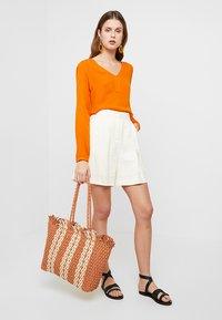 New Look - CUBA STRIPEY TOTE - Shopping bag - orange - 1