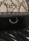 New Look - FRASER FRINGE SNAKE XBODY - Across body bag - black