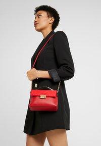 New Look - MARTHA MINI MATILDA UPDATE - Handbag - bright red - 1